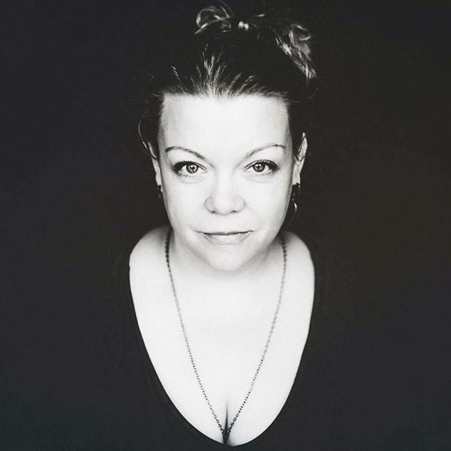 Charis-Lynn Curtis, Evolutionary Astrologer